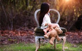 Картинка игрушка, мишка, стул, девочка