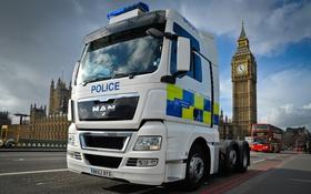 Обои Police, London, тягач, Big Ben, Man