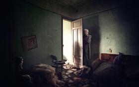 Обои кошка, дверь, дед, девушка, комната