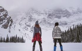 Картинка зима, снег, девушки, гора