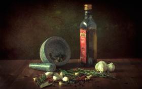Картинка бутылка, масло, перец, натюрморт, специи, чеснок