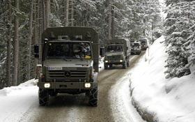 Обои зима, снег, Mercedes, колонна, unimog, u5000