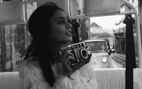 Картинка девушка, лицо, красота, актриса, фотоаппарат, красавица, латина