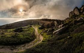 Картинка море, облака, камни, побережье, горизонт, развалины, Португалия