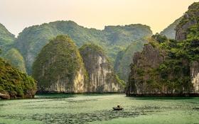 Обои Long Bay, Vietnam, бухта, лодка, скалы, море