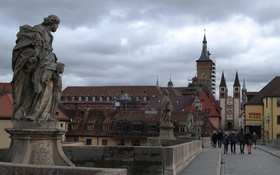 Обои мост, люди, башня, дома, Германия, Бавария, собор