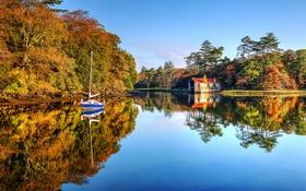 Обои осень, озеро, лодка, яхта, домик, Ирландия, графство Мейо