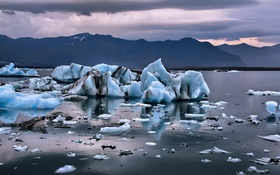 Обои Frosty, Iceland, Icebergs