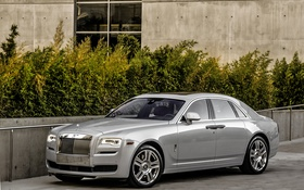 Обои Rolls-Royce, Ghost, гост, роллс-ройс