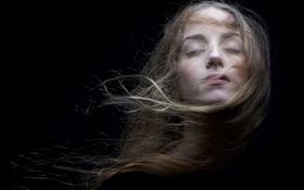 Картинка девушка, задумчивость, лицо, волосы, спокойствие, медитация
