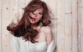 Обои взгляд, лицо, фон, волосы, азиатка, красотка