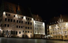 Обои ночь, огни, дома, Германия, Бавария, площадь, Нюрнберг
