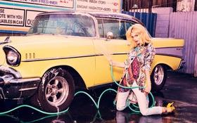 Картинка брызги, желтый, модель, блондинка, автомобиль, струя, фотосессия