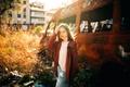 Картинка девушка, солнце, город, Lucia Jimenez, автолом