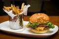 Картинка помидор, гамбургер, салат, картофель, фри