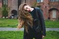 Картинка взгляд, девушка, лицо, настроение, волосы, куртка