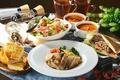 Картинка хлеб, суп, мясо, напитки, салат, блюда, ассорти
