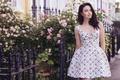 Картинка девушка, улыбка, улица, платье, Emma Miller