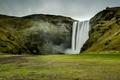 Картинка скала, камни, водопад, мох, Исландия, Skogafoss