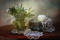 Картинка букет, шкатулка, нитки, первоцвет, салфетка, вязание, пролеска
