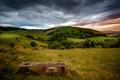 Картинка облака, холмы, поля, лавочка, луга