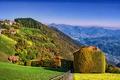 Картинка деревья, горы, дома, склон, Италия, солнечно, Lombardy